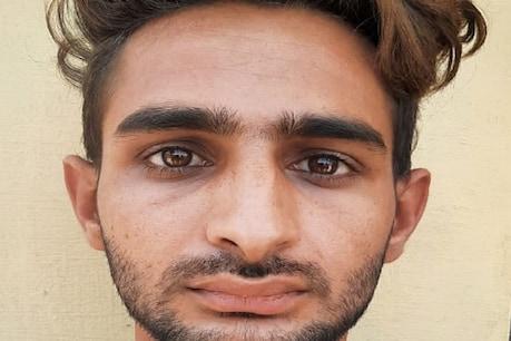 पुलिस ने कमलजीत शर्मा ka मोगा जिले के नत्थूवाला जदीद के पास से गिरफ्तार किया है.