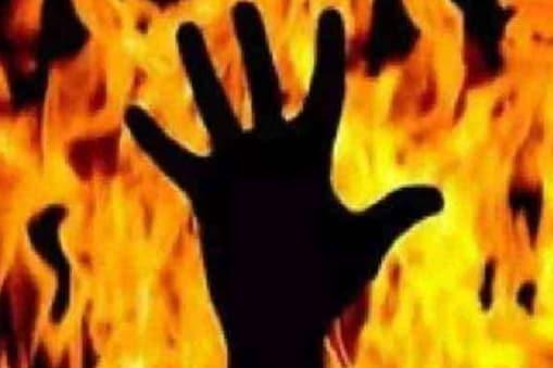 दिल्ली बच्ची रेप हत्या केस: क्राइम ब्रांच ने 4 आरोपियों के खिलाफ दाखिल की चार्जशीट (प्रतीकात्मक तस्वीर)