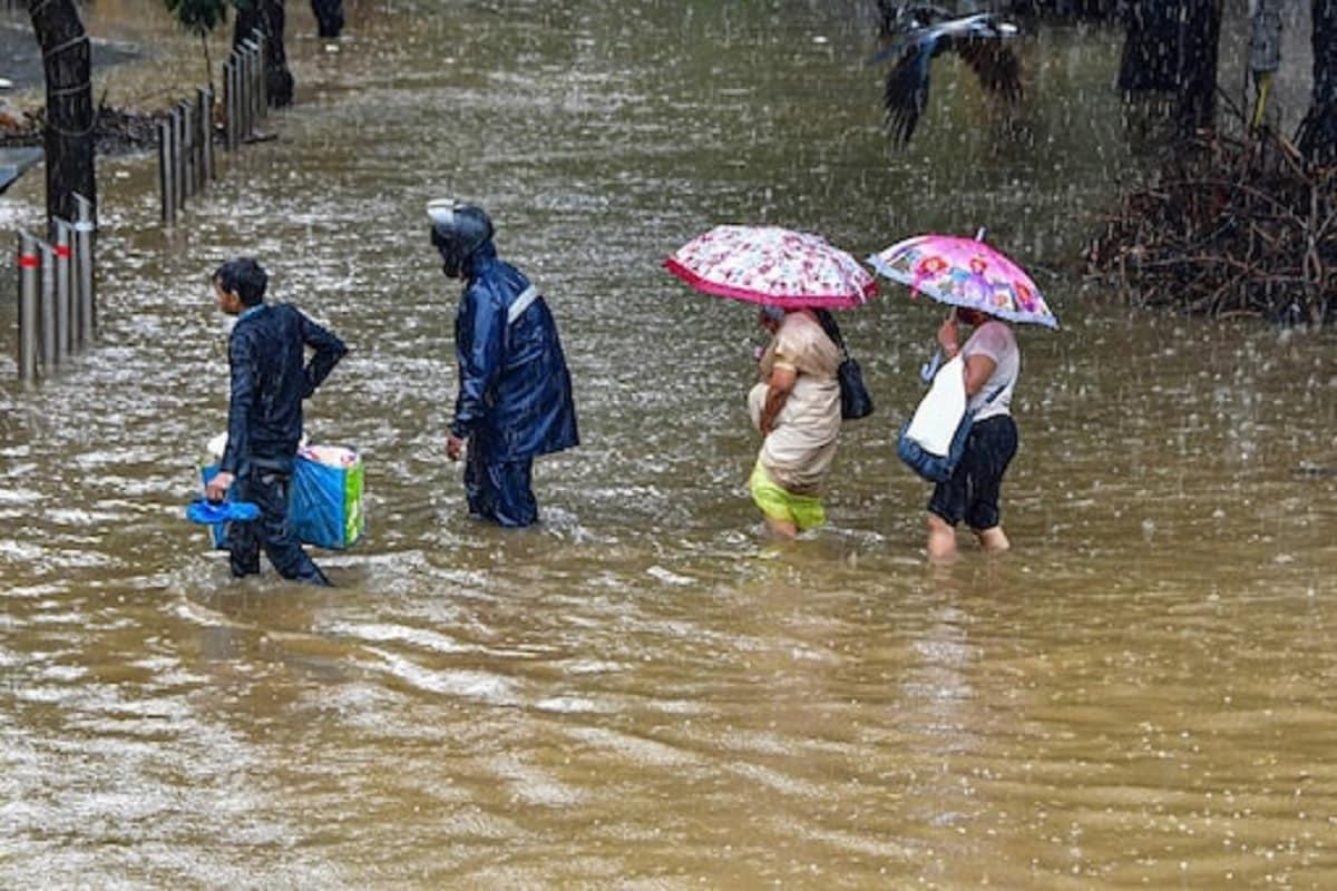 Monsoon Replace: भारत के दो-तिहाई हिस्सों में तेजी से आगे बढ़ा मानसून, कर्नाटक से ओडिशा तक भारी बारिश