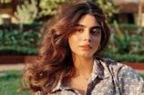जाह्नवी कपूर को छोटी बहन खुशी कपूर ने दी कड़ी टक्कर, पर्पल बिकिनी में ढाया कहर