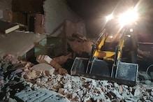 गोंडा में खाना बनाते समय सिलेंडर फटने से जमींदोज हुए दो मकान, 8 की मौत