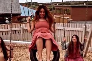ऋषभ पंत की बहन इंग्लैंड में कर रही हैं मस्ती, वीडियो में झूला झूलते आईं नजर