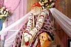 Shirdi Sai Baba: वीरवार को करें साईं बाबा के इन मंत्रों का जाप, भर जाएगी खाली झोली