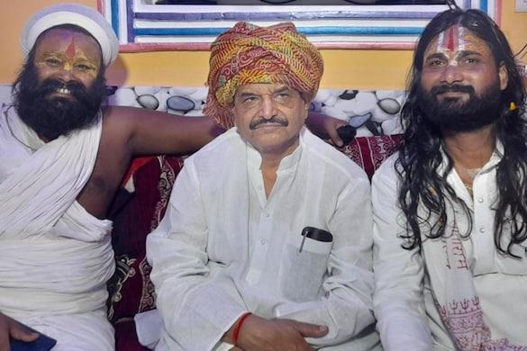 शिवपाल यादव ने कहा कि भाजपा को सत्ता से बाहर करने का एक ही रास्ता है, वह है विपक्ष को एकजुट होकर चुनाव लड़ना होगा.