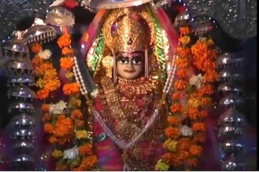 भारत-पाकिस्तान की सीमा पर स्थित श्री तनोट राय माता मंदिर अभी तक खोला नहीं गया है.