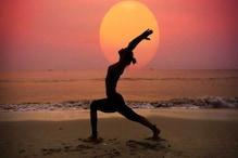 5-10 मिनट का सूर्य नमस्कार आपको रखता है निरोग, जानें क्या हैं फायदे