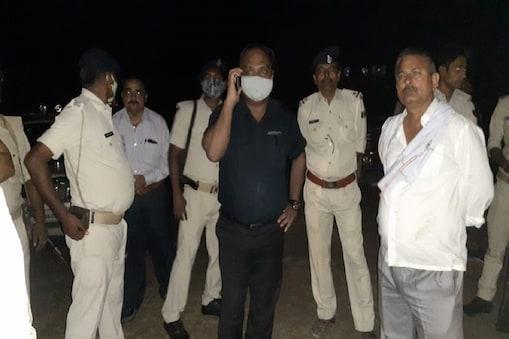समस्तीपुर में नाव हादसे के बाद मौके पर पहुंची रेस्क्यू टीम.