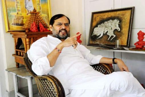 बीजेपी विधायक ज्ञानेंद्र सिंह ज्ञानू ने सीएम नीतीश कुमार के फैसले को भूल करार दिया.