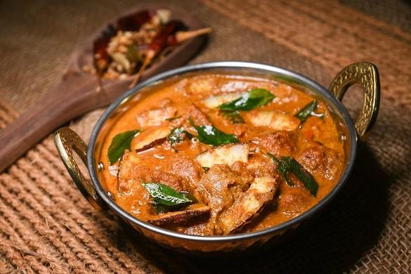 कश्मीरी रोगन जोश भारत में मुगलों द्वारा लाई गई डिश है (साभार: shutterstock/Santhosh Varghese)