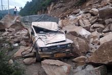 हिमाचल में भूस्खलन से चंडीगढ़-मनाली हाईवे बंद, लाहौल में 3 लापता ट्रैकर्स मिले