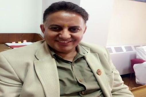 हिमाचल के सीनियर आईएएस अधिकारी ओंकार शर्मा. (फाइल फोटो)