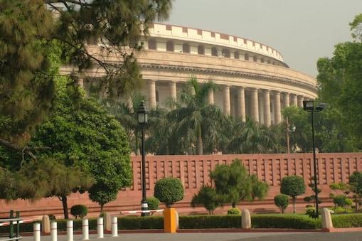 एक घंटे से ज्यादा समय तक चली बैठक में दलों ने संसद के दोनों सदनों में उठायी गयी मांग पर अपना रुख कायम रखने का फैसला लिया.