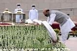 करगिल दिवस: रक्षा मंत्री, सेना के अधिकारियों ने शहीद सैनिकों को दी श्रद्धांजलि