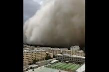 चीन के डुनहुआंग में आया रेतीला तूफान, दिखी धूल की 100 मीटर ऊंची दीवार