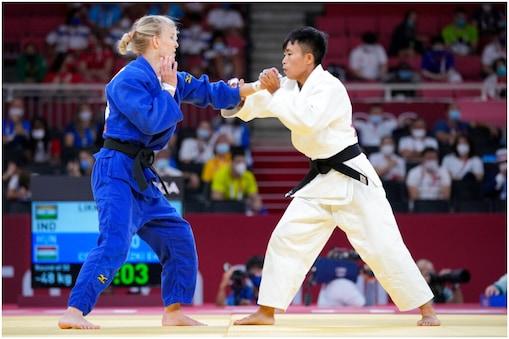 Tokyo Olympics: एल. सुशीला देवी को पहले ही राउंड में हार का सामना करना पड़ा. (AP)