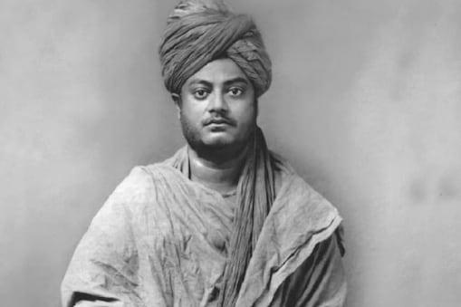विवेकानंद (Swami Vivekananda) ने देश के लोगों में हिंदू धर्म के प्रति आधुनिक दृष्टिकोण प्रदान किया. (फाइल फोटो)