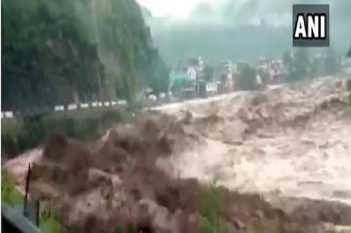 Kishtwar में बादल फटने के बाद बढ़ा नदी का जलस्तर (ani)