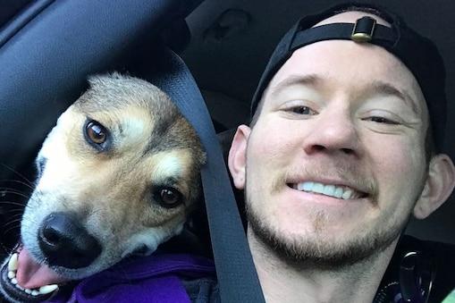 30 साल के मानुएल के ऊपर उसके पालतू कुत्ते ने जानलेवा हमला कर दिया था