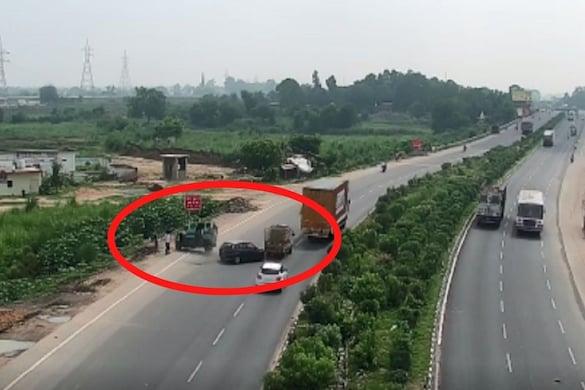 कानपुर में नेशनल हाइवे पर रफ्तार का कहर देखने को मिला है. (Video Grab)