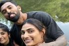 इंग्लैंड में केएल राहुल के साथ वक्त बिता रही हैं अथिया शेट्टी, इशांत शर्मा की पत्नी की Photo से हुआ खुलासा