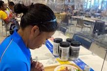 मैरीकॉम टोक्यो में खाने से पहले हाथ जोड़े आईं नजर, शेयर की तस्वीर