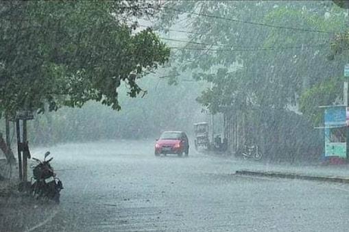 हिमाचल में बारिश से  कई जगहों पर पानी भर गया है. (सांकेतिक फोटो)