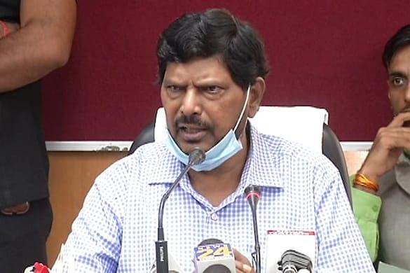 सीएम योगी आदित्यनाथ और जेपी नड्डा से मुलाकात के बाद रामदास अठावले ने मीडिया से बात की.