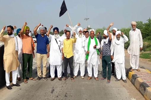 संयुक्त किसान मोर्चा ने कहा कि सोमवार को भी दिल्ली के जंतर-मंतर पर 'किसान संसद' जारी रहेगी.