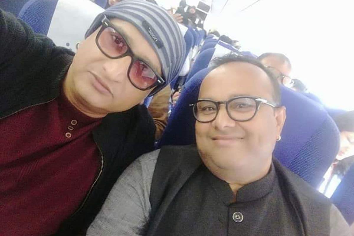 """भोजपुरी सिनेमा के फेमस एक्टर मनोज टाइगर (Manoj Tiger) ने भी अवधेश मिश्रा के साथ खास फोटो शेयर की. उन्होंने लिखा- """"जन्मदिन की अनंत शुभकामनाएं अवधेश जी."""""""