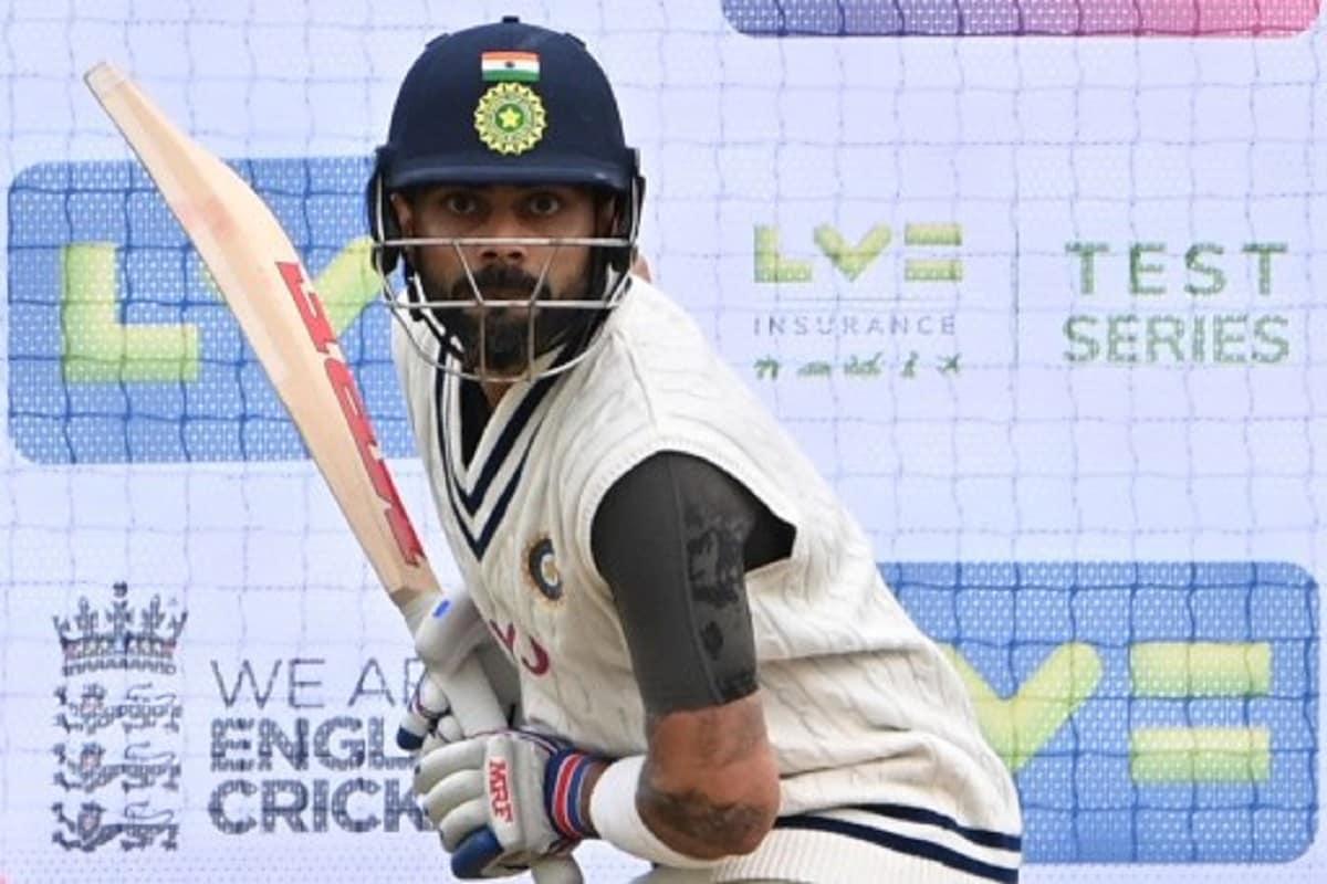 विराट कोहली इकलौते एशियाई कप्तान हैं जिसने ऑस्ट्रेलिया, न्यूजीलैंड, साउथ अफ्रीका और इंग्लैंड में टी20 सीरीज जीती है. विराट कोहली की अगुवाई में भारत ने पिछले साल न्यूजीलैंड को टी20 सीरीज में 5-0 से रौंदा. पिछले ही साल टीम इंडिया ने ऑस्ट्रेलिया को उसके घर पर 2-1 से मात दी. इंग्लैंड को साल 2018 में विराट कोहली की कप्तानी में भारत ने 2-1 से हराया. साल 2018 में ही साउथ अफ्रीका को भी 2-1 से मात दी.(AFP)