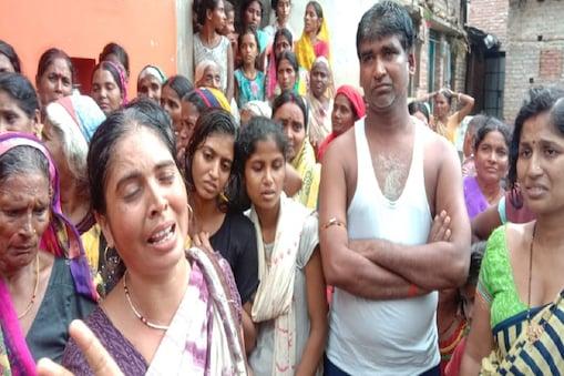 बिहार के जमुई में पांच साल के बच्चे की हत्या के बाद रोते बिलखते परिजन
