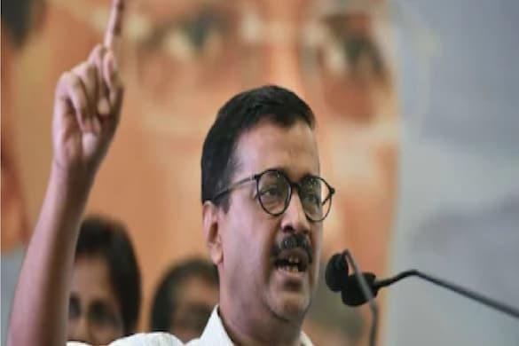 Uttarakhand Election: दिल्ली सीएम अरविंद केजरीवाल ने आप की सरकार बनने पर फ्री बिजली, सबको रोजगार देने का वादा किया है. (फाइल फोटो.)