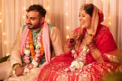 तान्या नरेंद्र ने शादी में अनीता डोंगरे का डिजाइन किया लहंगा पहना था. (Photo @dr_cuterus/Instagram)