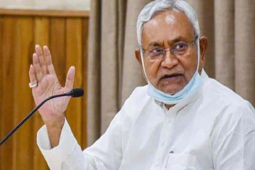 बिहार में जनसंख्या नियंत्रण कानून लागू करने पर नीतीश कुमार भाजपा के स्टैंड से असहमत हैं.
