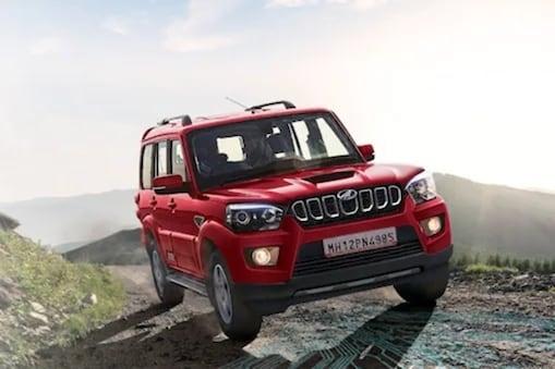 कार्स 24 वेबसाइट पर आपको महिंद्रा की कार बेहतरीन कीमत पर मिल जाएंगी.