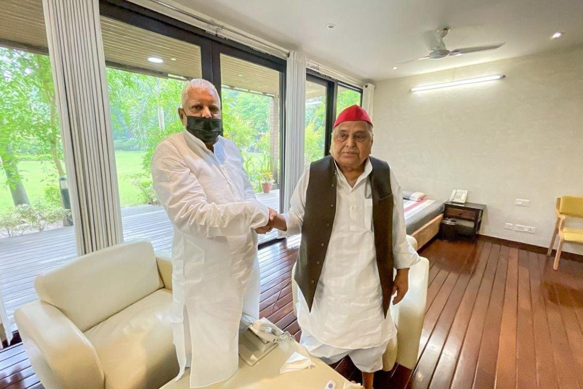 Lalu Prasad Yadav, lalu yadav, pm modi, Narendra Modi, Lalu Yadav- Narendra Modi, Lalu Yadav on Narendra Modi, Lalu Yadav fire on Narendra Modi during Bihar assembly election, nitish kumar, mulayam singh yadav, sharad yadav, लालू प्रसाद यादव, पीएम मोदी, नरेंद्र मोदी, कंस, कालिया नाग, नीतीश कुमार, आरजेडी सुप्रीमो लालू यादव, शरद यादव, मुलायम सिंह यादव, बिहार की राजनीति, नेशनल राजनीति, बीजेपी