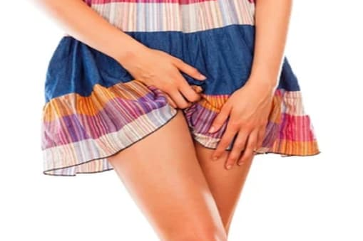 Vaginal infection: 4 में से 3 महिलाएं अपने जीवनकाल में वजाइनल इन्फेक्शन का अनुभव करती हैं (Image- Shutterstock)