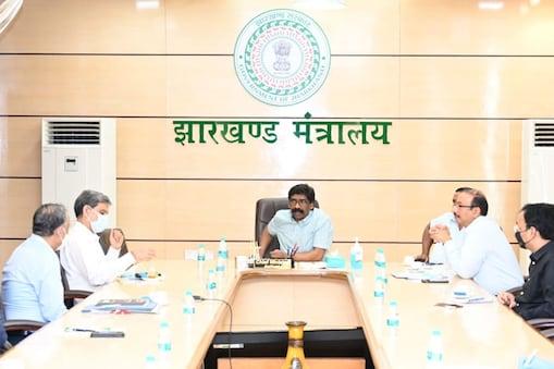 झारखंड में JSSC के तहत आयोजित परीक्षा में केवल मुख्य परीक्षा ही ली जाएगी.
