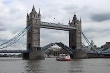 लंदन का टावर ब्रिज हवा में हुआ जाम, वायरल वीडियो देख लोगों ने ले लिए मज़े