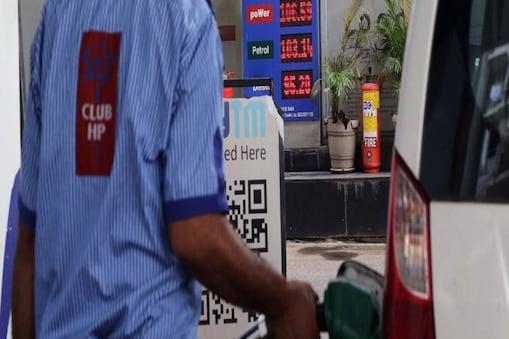 Petrol price today: आज मंगलवार को पेट्रोल और डीजल के दाम में बढ़ोतरी दर्ज की गई है.