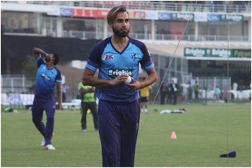 CPL 2021: 42 साल की उम्र में भी इमरान ताहिर टी20 क्रिकेट में कहर ढा रहे हैं. (फोटो साभार-@ImranTahirSA)