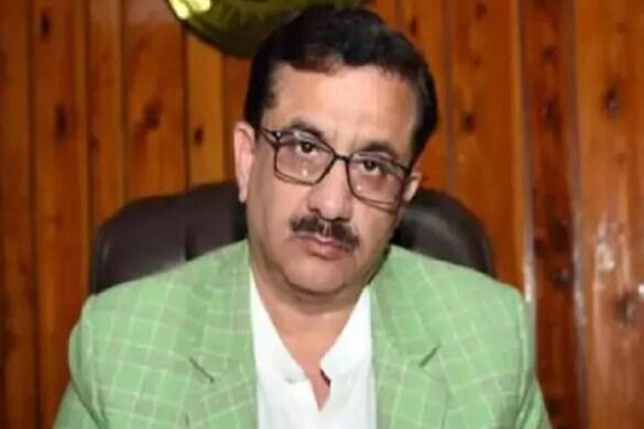 लखनऊ: शिया वक्फ बोर्ड के पूर्व चेयरमैन वसीम रिजवी ने शिया धर्मगुरुओं पर हमला बोला है. (File Photo)