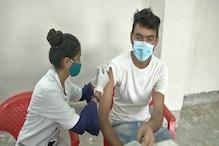 Indore में फिर बना रिकॉर्ड :1 दिन में 1 लाख 17 हजार लोगों का वैक्सीनेशन