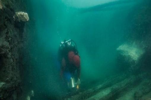 पानी में डूबे शहर का अंश देख रिसर्चर्स हैरान रह गए (इमेज- REUTERS)