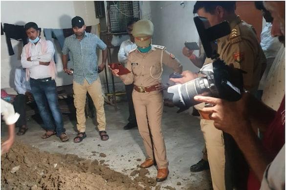 Noida News: महिला पुलिसकर्मी के प्यार में पत्नी और 2 बच्चों का किया मर्डर, अपनी मौत का स्वांग रचने के लिए दोस्त की ली जान