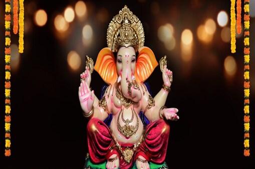 भगवान गणेश प्रथम आराध्य हैं और उनका दिन बुधवार माना जाता है. Image - Shutterstock.com