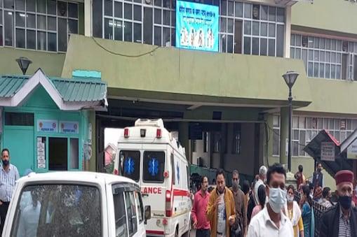 बच्चे के माता- पिता ने आरोप लगाया है कि वार्ड में तैनात नर्स ने गलत इंजेक्शन लगा दिया था, जिससे बच्चे की मौत हो गई.