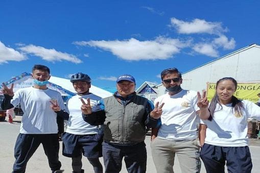 ITBP के जवानों लद्दाख के खारदुंगला में पुरुष और महिला रोलर स्केटिंग प्रतियोगिता जीती.