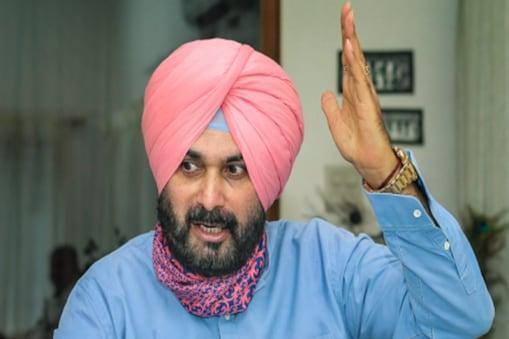 नवजोत सिंह सिद्धू ने पंजाब कांग्रेस के अध्यक्ष पद से दिया इस्तीफा. (फाइल फोटो)