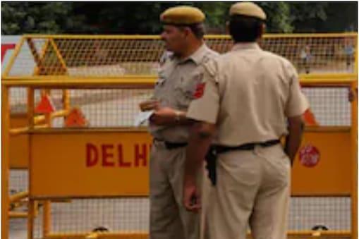 कुमार ने कहा कि दिल्ली में आतंकवादी पकड़े गए हैं, तथा गुप्तचर एजेंसियों ने 'अलर्ट' जारी किया है.(सांकेतिक तस्वीर)